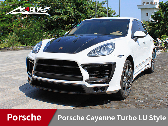 2011-2014 Porsche Cayenne Turbo LU Style Wide Body Kits With Double Three Hole Exhaust Tips Fenders
